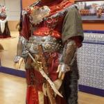 Escuadra especial de la capitanía Cides. Traje muy rico en telas, con un casco espectacular.