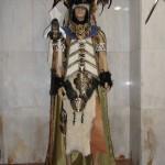Traje para las fiestas de moros y cristianos,muy étnico con un gran casco