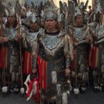 Escuadra mujeres de corte guerrero